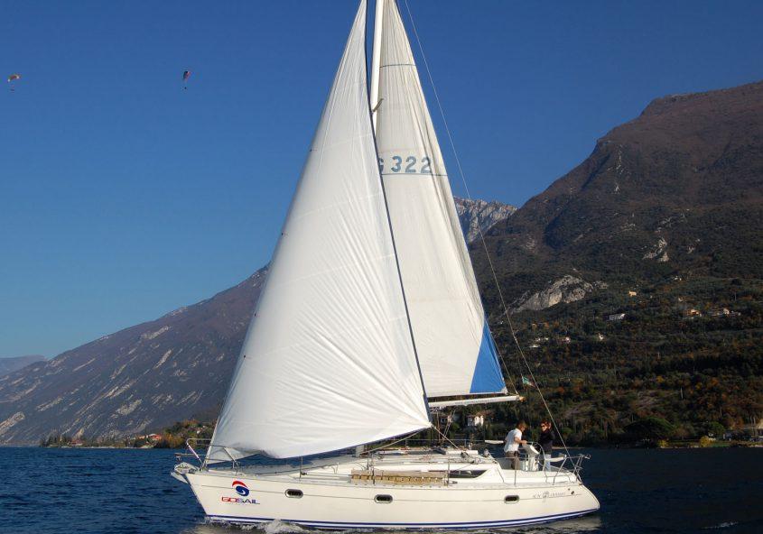 Jeanneau Sun Odeyssey 33 Rent sailing boat