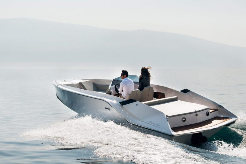 Frauscher 747 Mirage Air Rent Luxury Boat