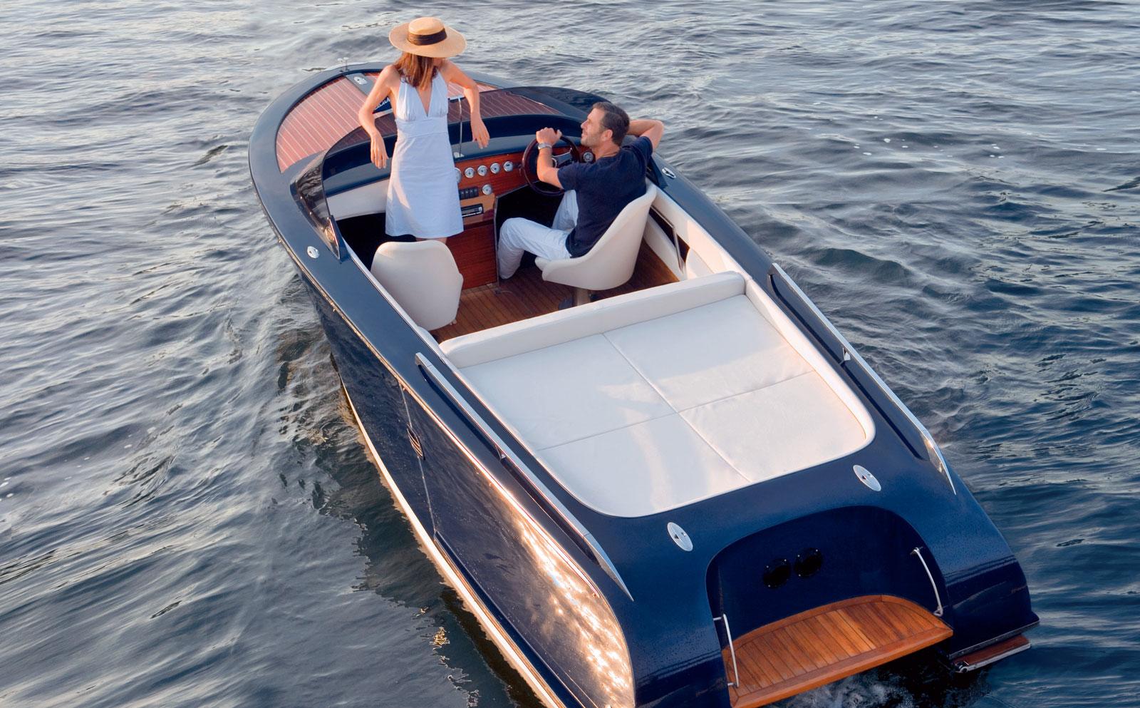Frauscher Riviera Rent Luxury Boat