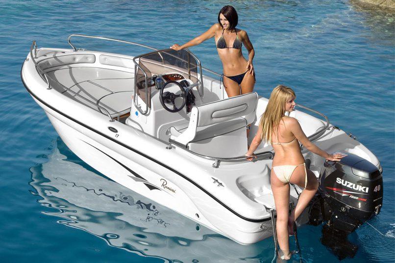 Barca a noleggio senza patente Ranieri Voyager 17