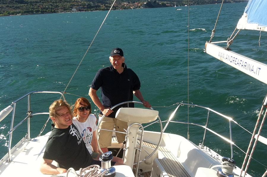 Tour al lago di Garda in barca a vela giornata intera