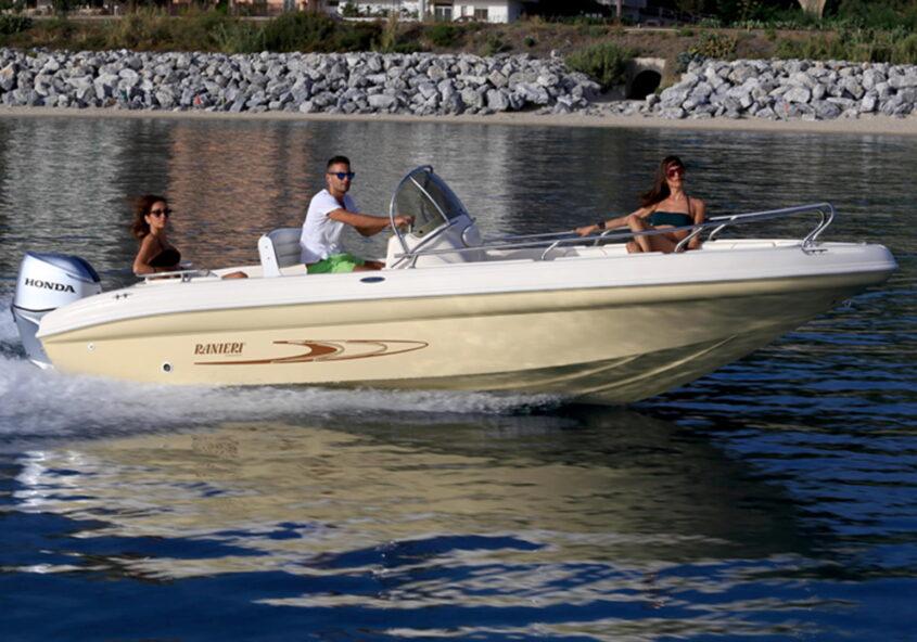 RANIERI Pathfinder 19 Boot Mieten Gardasee • Boat Garda