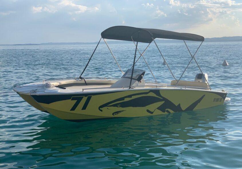 Rent a Boat Ninja Cat Garda Lake
